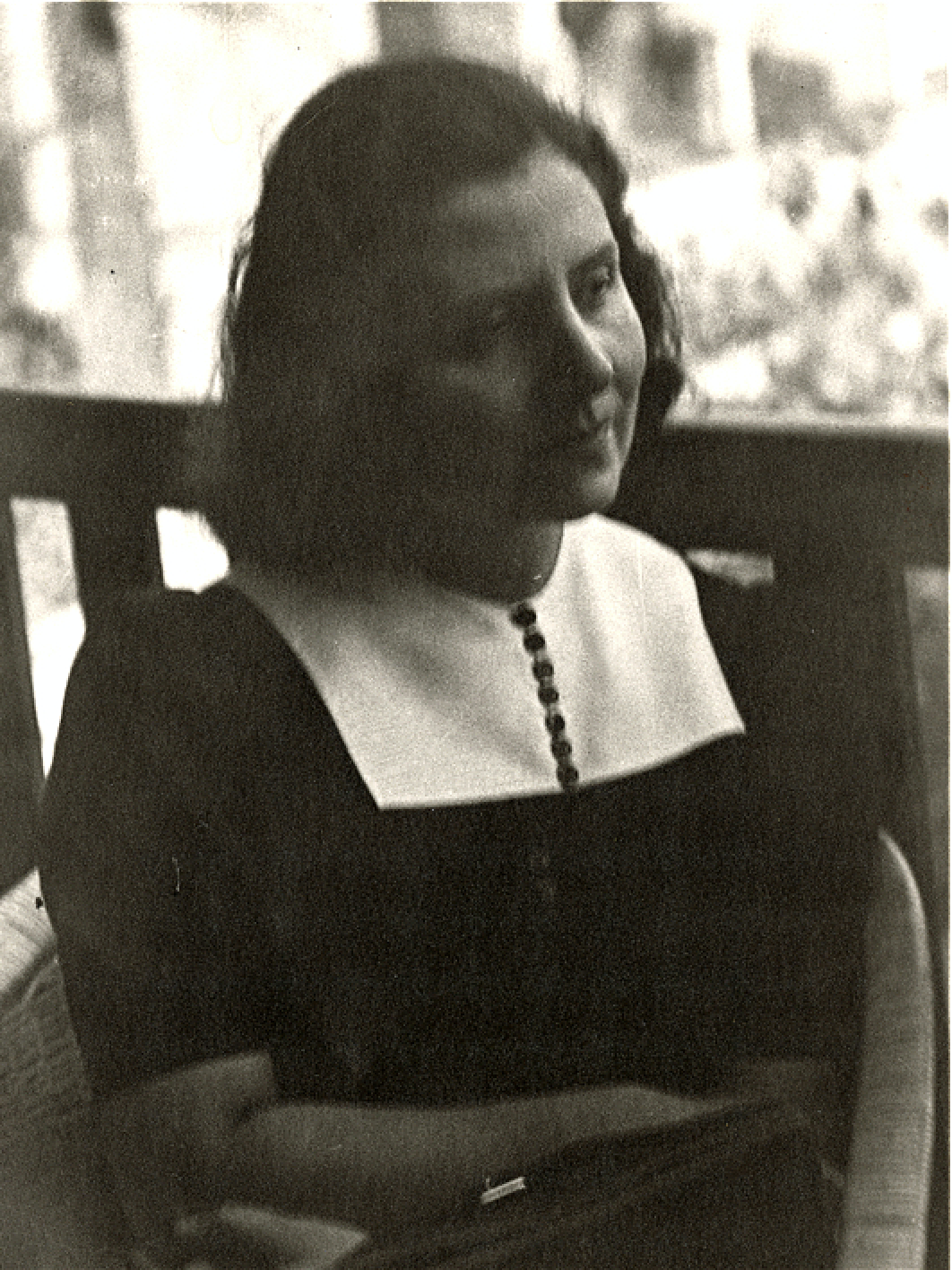 Alma Rosé in around 1941<br>Photo: Gustav Mahler–Alfred Rosé Collection, Music Library, Western University, London, Canada