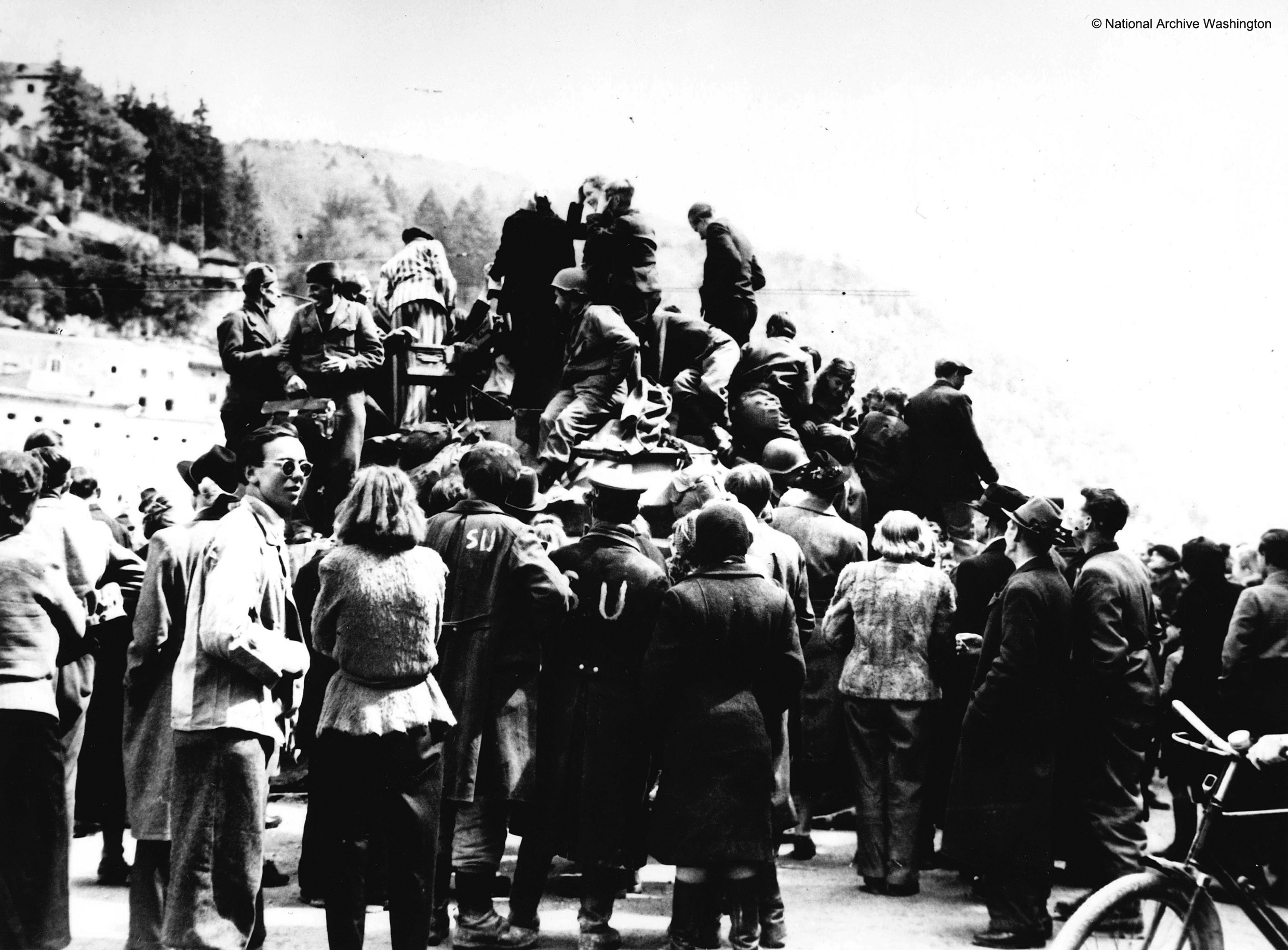 Liberation of Salzburg by U.S. troops on May 4, 1945<br>Photo: National Archive Washington